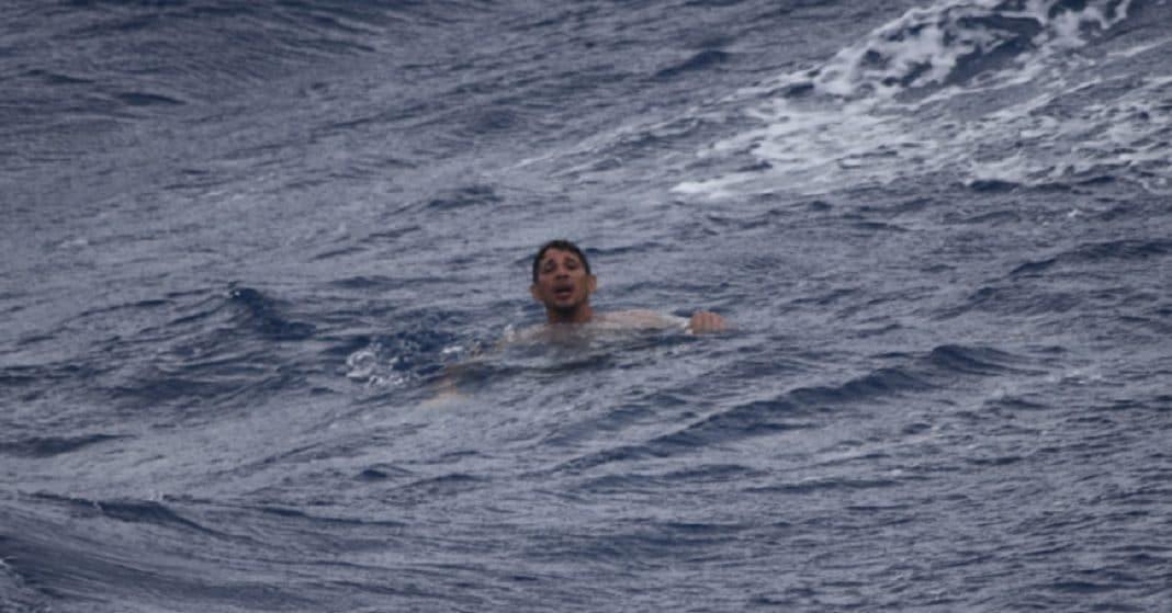 Uno de los balseros cubanos rescatados el 7 de julio 2021