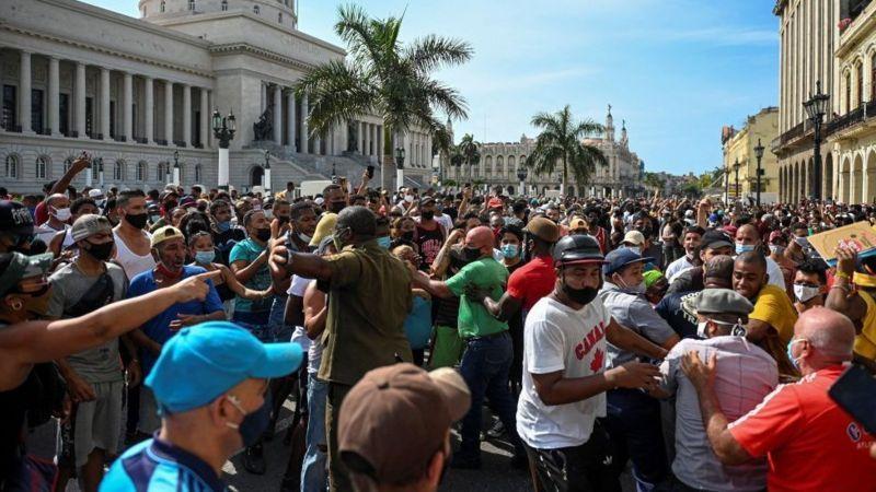 Fotos de las protestas en Cuba