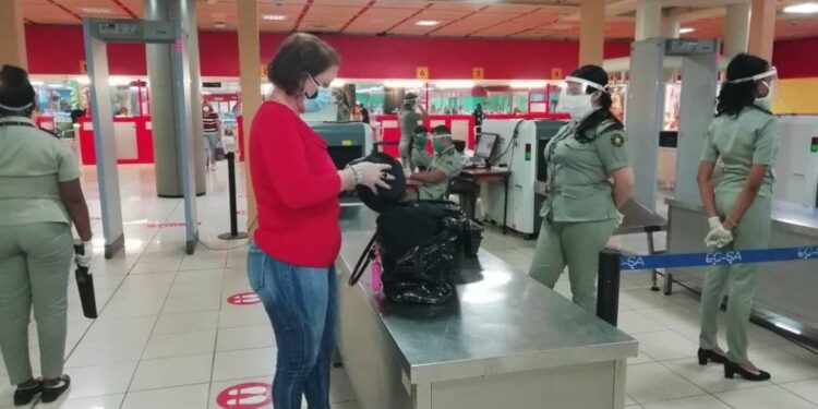 La Aduana de Cuba se prepara para la zafra de los Diez Millones