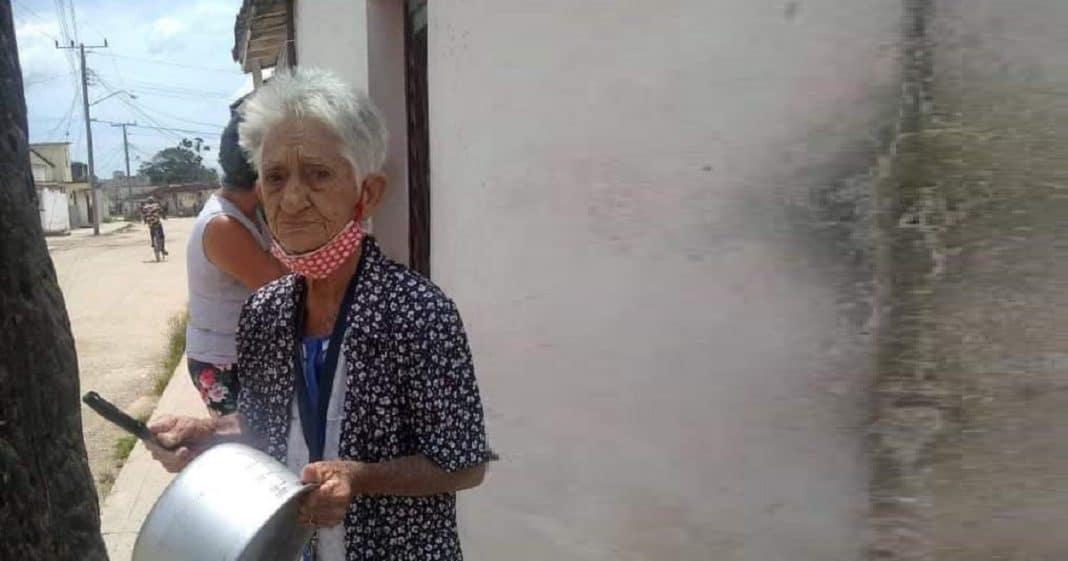 Una anciana cubana se hace viral en la Internet