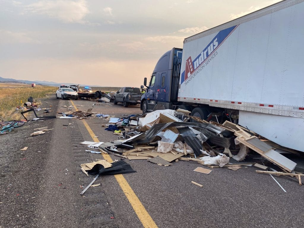 Accidente de transito en Utah, EE.UU., por tormenta de arena