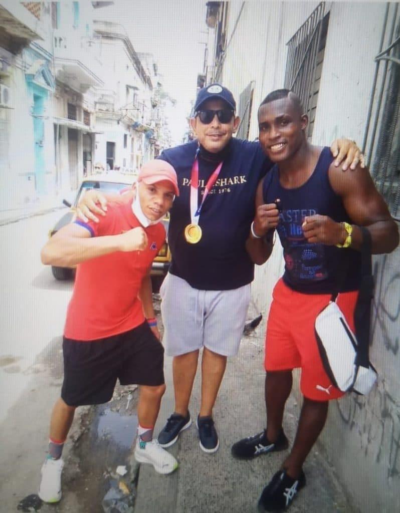"""Julio César La Cruz, boxeador cubano conocido como """"La Sombra"""""""