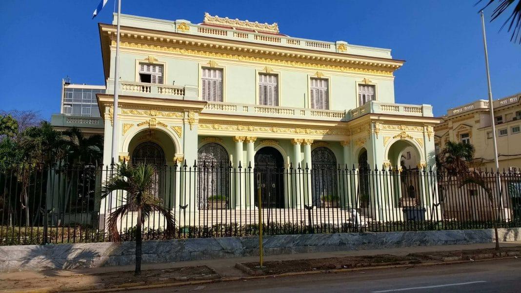 MINREX en Cuba llama a contar a embajador de Reino Unido