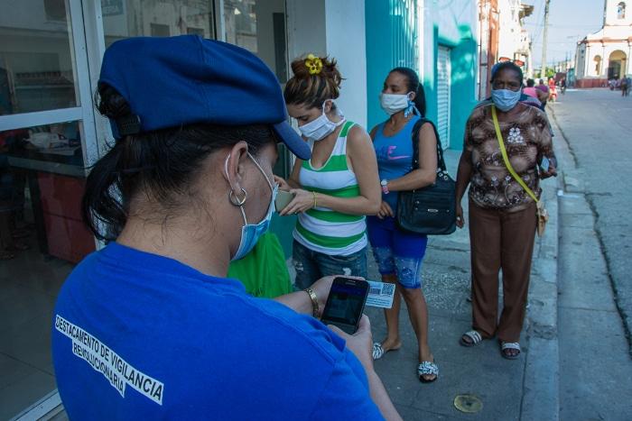 Tiendas MLC en Camagüey serán cerradas