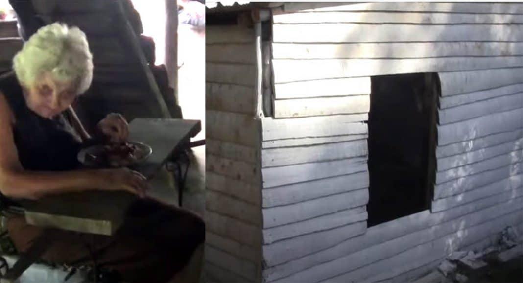 Gobierno entrega casa de madera a anciana y presume