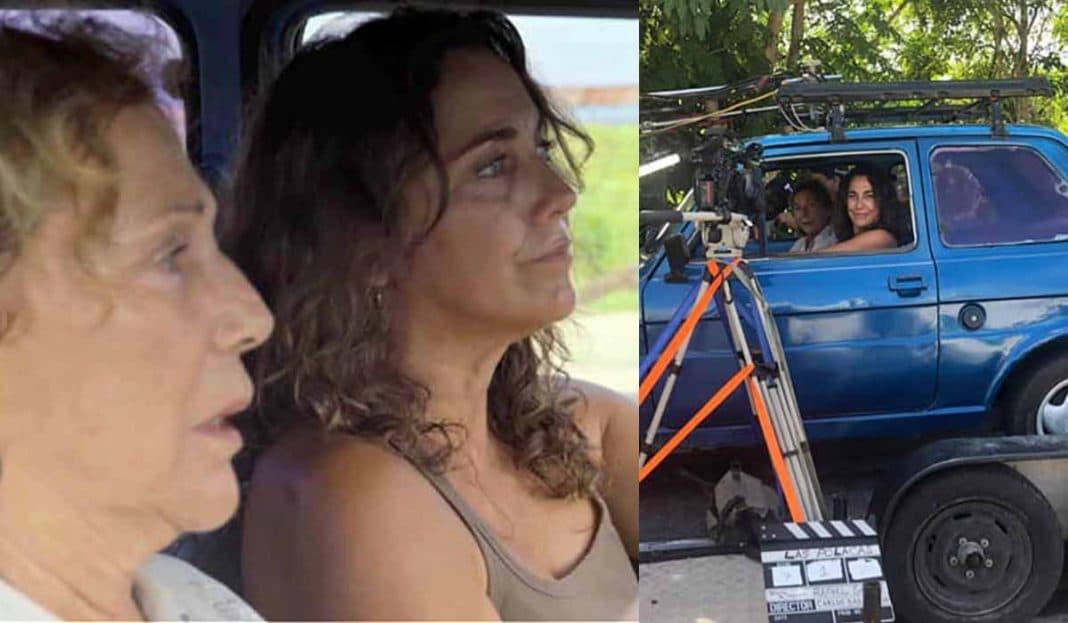 """Coralita Veloz y Tahimí Alvariño en un """"polaquito"""""""