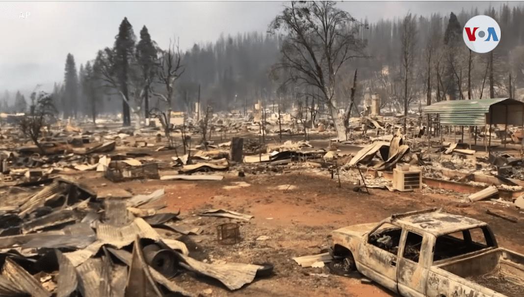 Las llamas de Dixie destruyen terrenos
