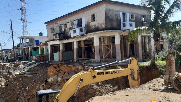 Edificio en Lawton dañado por la chapucería estatal en Cuba