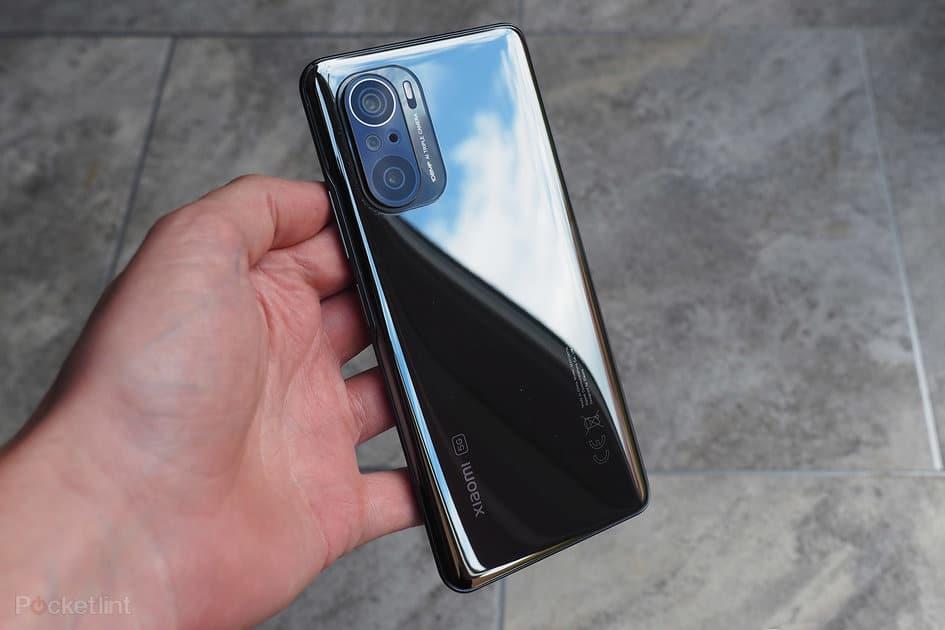 Cubanos rezan para que Xiaomi no les bloquee sus telefonos