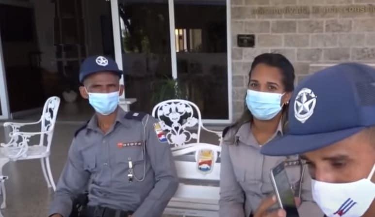 Los policías cubanos son mostrados por el NTV como insobornables