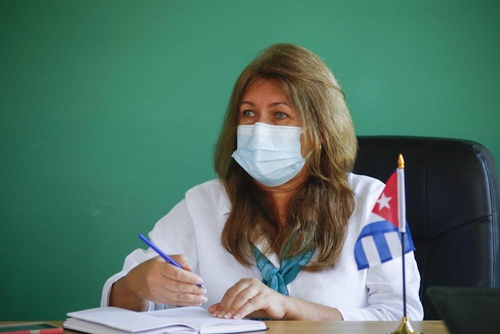 Comercializadora de Servicios Médicos Cubanos tras el dinero