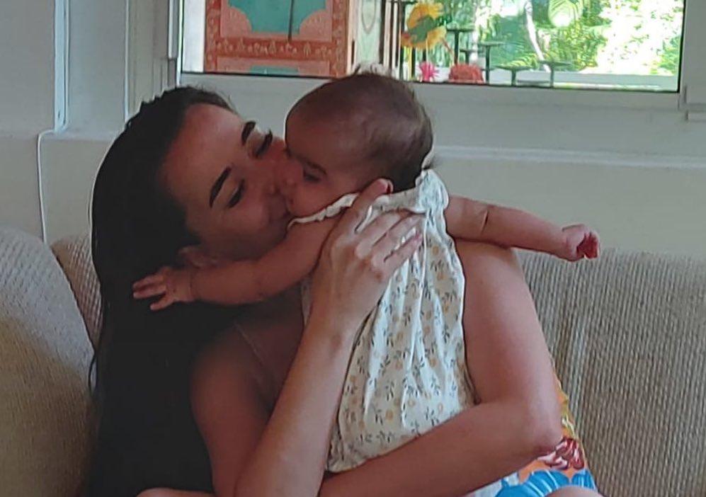 Beatriz Luengo hija Zoe