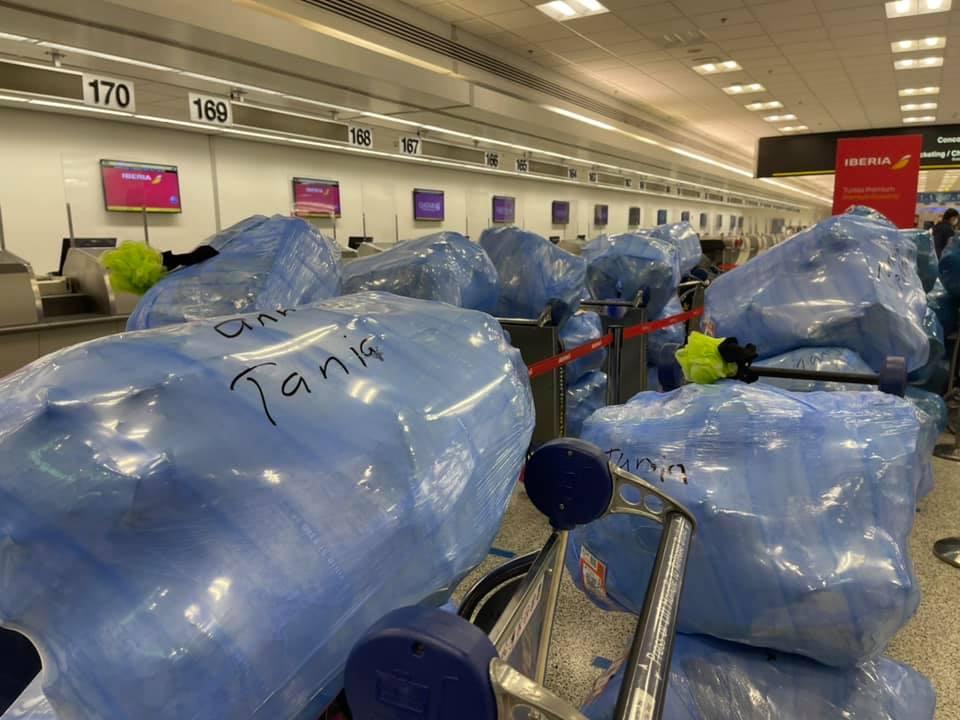Cubanos vuelan a Cuba viajando primero a Madrid, España