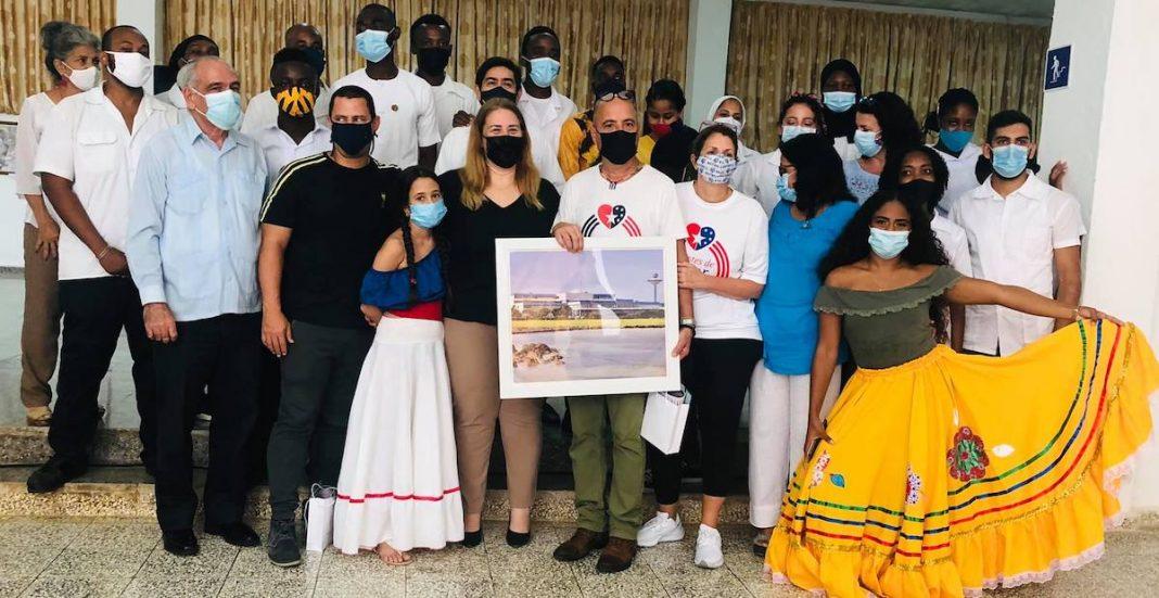 Muchos se preguntan a qué fue Carlos Lazo a Cuba