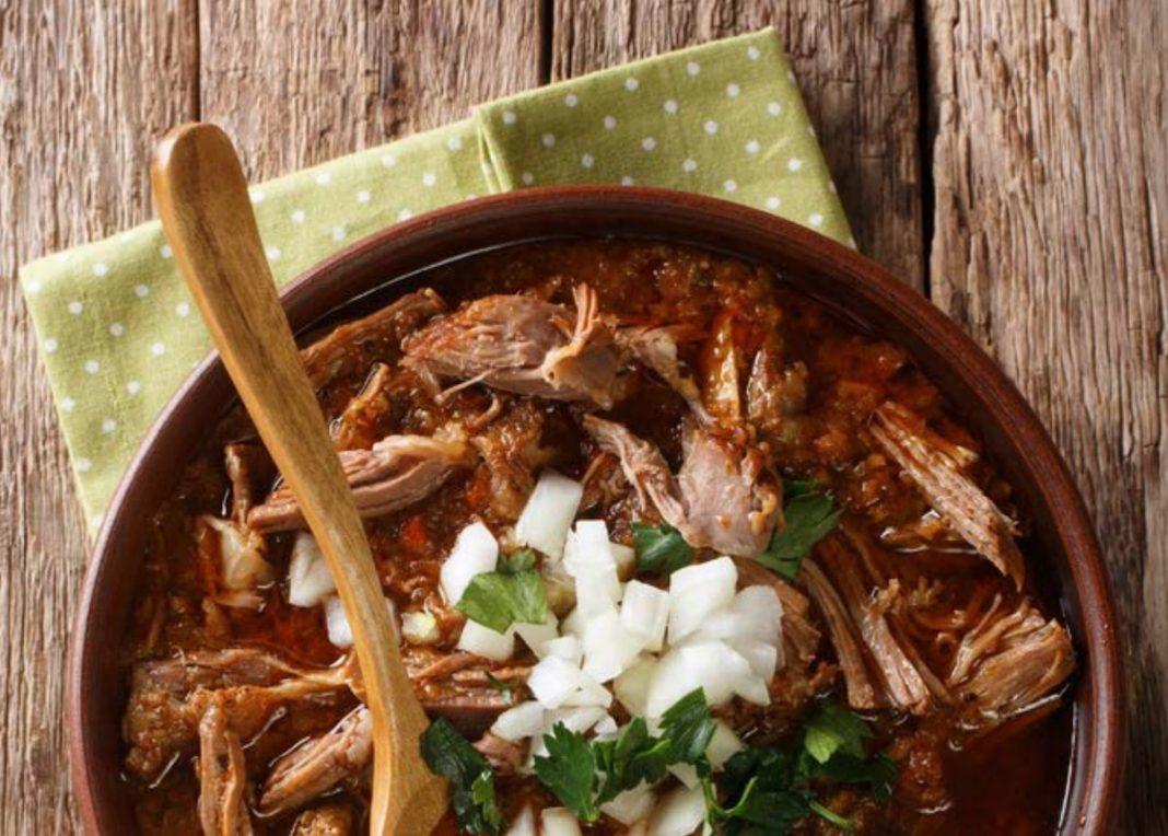 La Birria, con cerdo, es una de las recetas hispanas