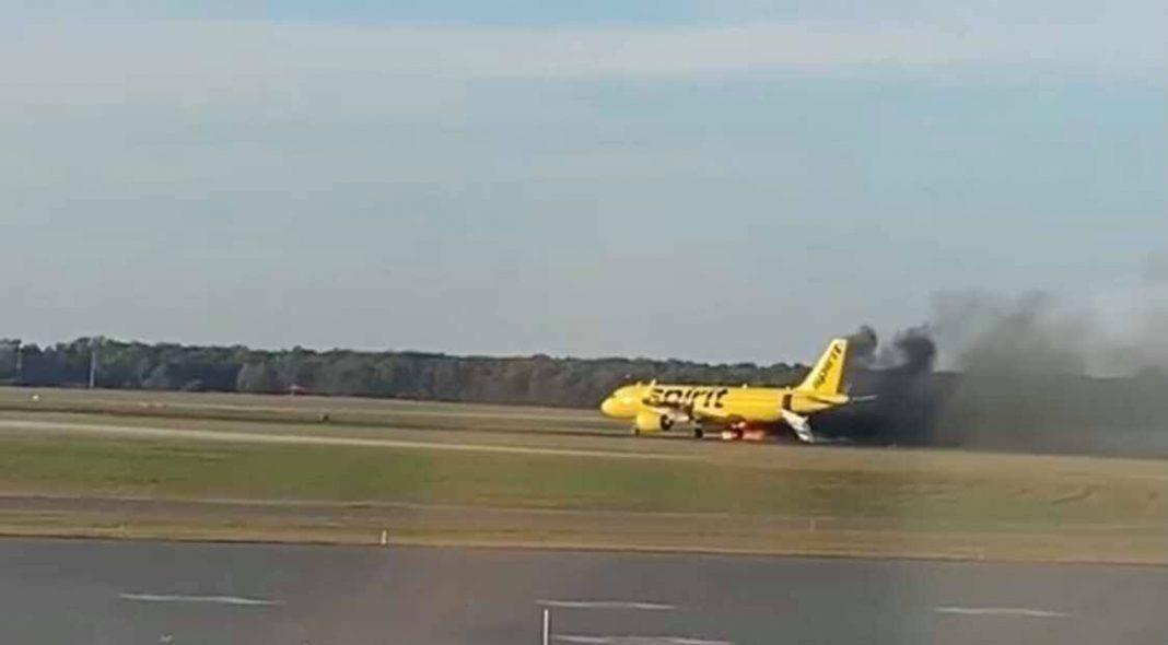 avión de Spirit Airlines